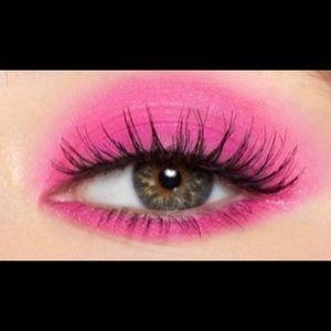Kylie Cosmetics - LOVE POTION / Eyeshadow